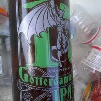 Das Foto wurde bei Emilio's Beverage Warehouse von L.O D. am 9/21/2013 aufgenommen