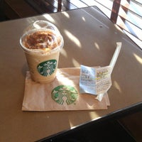Das Foto wurde bei Starbucks von Ricardo M. am 10/4/2014 aufgenommen