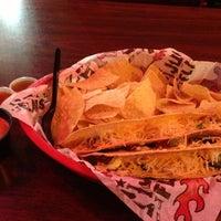 รูปภาพถ่ายที่ Tijuana Flats โดย Dave M. เมื่อ 10/23/2012