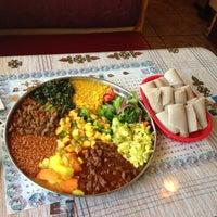 5/3/2013にKimberly P.がQueen Sheba Ethopian Restaurantで撮った写真
