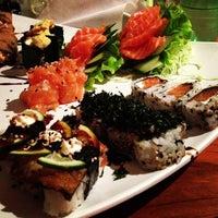 Foto tirada no(a) Hanbai Sushi Bar por Rodrigo O. em 8/2/2013