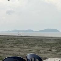รูปภาพถ่ายที่ Pantai Mersing โดย Hamdi N. เมื่อ 9/9/2018