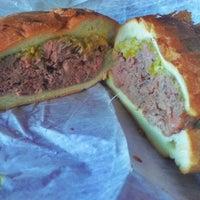 Foto tirada no(a) Harrison's Roast Beef por Ed B. em 11/25/2013