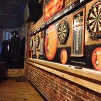 รูปภาพถ่ายที่ Loosey's Downtown โดย Dustin R. เมื่อ 12/23/2012