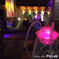รูปภาพถ่ายที่ Kalyan Lounge - Hyatt Regency โดย Emrah A. เมื่อ 7/13/2015