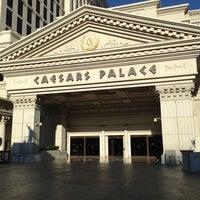 5/12/2013에 Maria G.님이 Caesars Palace Hotel & Casino에서 찍은 사진