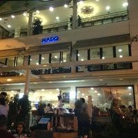 รูปภาพถ่ายที่ Mado โดย 👑KİNG👑 เมื่อ 8/29/2013