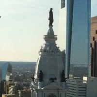 3/26/2011 tarihinde Maureen C.ziyaretçi tarafından Loews Philadelphia Hotel'de çekilen fotoğraf