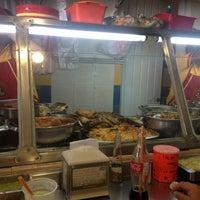 Das Foto wurde bei Tacos sarita von Dánae M. am 7/26/2013 aufgenommen