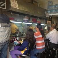 4/25/2013 tarihinde Dánae M.ziyaretçi tarafından Tacos sarita'de çekilen fotoğraf