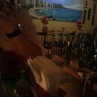 Foto tirada no(a) Lanikai Tiki Bar por Carolina F. em 6/12/2013
