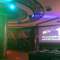 """Das Foto wurde bei """"STAR"""" Club/karaoke von Умишка А. am 8/22/2013 aufgenommen"""