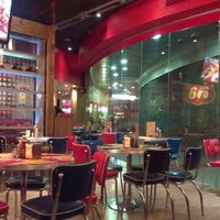 Foto tirada no(a) Bernie's Diner por Nerea G. em 7/4/2013