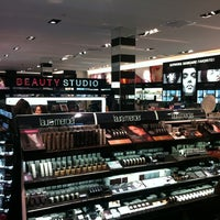 098b95a38f ... Photo taken at SEPHORA by Caio B. on 10/21/2012 ...