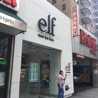 Foto tirada no(a) Elf Cosmetics HQ por Jen M. em 6/8/2018