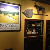 Foto scattata a Pastoral Artisan Cheese, Bread & Wine da Ludovic D. il 6/12/2013