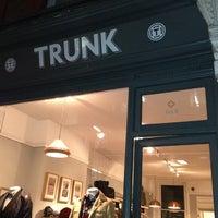 รูปภาพถ่ายที่ Trunk Clothiers โดย Noriyuki M. เมื่อ 1/16/2013