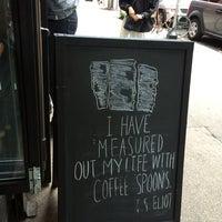 Das Foto wurde bei Birch Coffee von Noura A. am 8/22/2014 aufgenommen