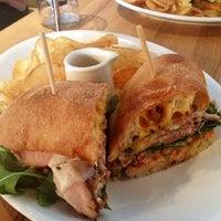 Foto diambil di East Hampton Sandwich Co. oleh Chris D. pada 12/2/2012