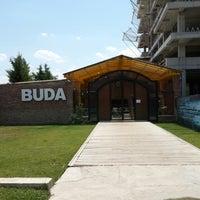 รูปภาพถ่ายที่ Buda Club โดย Sezin a. เมื่อ 7/9/2013