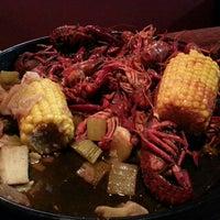 Foto diambil di Dodie's Cajun Restaurant oleh Tamara B. pada 5/29/2013