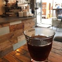 รูปภาพถ่ายที่ RIST Kaffebar โดย Brook S. เมื่อ 5/15/2018