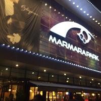 Foto tirada no(a) Marmara Park por Selo A. em 11/9/2013