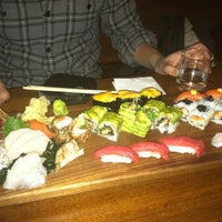 Photo prise au Blue Ribbon Sushi Izakaya par Olga L. le2/24/2013