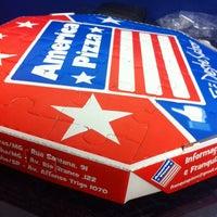 Foto tirada no(a) America Pizza por Leandro S. em 10/26/2013