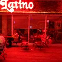 6/19/2013にDurmus D.がLatino Barで撮った写真