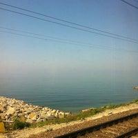 รูปภาพถ่ายที่ Черное Море โดย Alexandra O. เมื่อ 8/29/2013