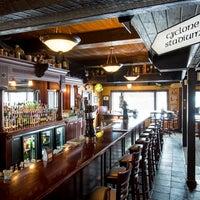 Das Foto wurde bei Dublin Bay Irish Pub & Grill von Dublin Bay Irish Pub & Grill am 3/1/2018 aufgenommen