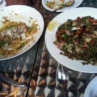 7/6/2013 tarihinde Youn Hee L.ziyaretçi tarafından Kanella: Greek Cypriot Kitchen'de çekilen fotoğraf