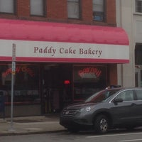 Foto tirada no(a) Paddy Cake Bakery por Dv J. em 9/12/2014
