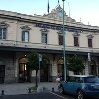 Das Foto wurde bei Stazione La Spezia Centrale von Danny 8. am 8/13/2013 aufgenommen