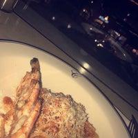 9/17/2017 tarihinde Eng.Shosho A.ziyaretçi tarafından Catania Restaurant'de çekilen fotoğraf