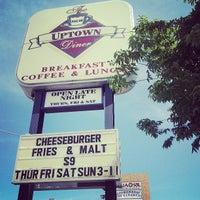 6/13/2013 tarihinde Mariah G.ziyaretçi tarafından Uptown Diner'de çekilen fotoğraf