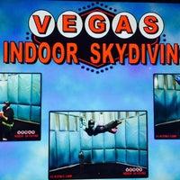 9/5/2015 tarihinde Daily B.ziyaretçi tarafından Vegas Indoor Skydiving'de çekilen fotoğraf