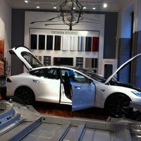 Tesla Motors Automotive Shop In K 248 Benhavn K