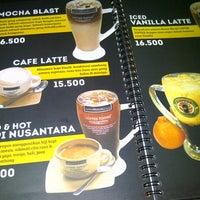 Foto diambil di Coffee Toffee oleh JayPrince M. pada 5/9/2013