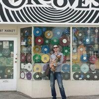 รูปภาพถ่ายที่ Grooves โดย Joey M. เมื่อ 9/6/2014