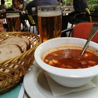 8/24/2013 tarihinde Kievgirl M.ziyaretçi tarafından Menza étterem és kávézó'de çekilen fotoğraf