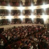 10/9/2013 tarihinde Felipe Andrés F.ziyaretçi tarafından Teatro Municipal de Santiago'de çekilen fotoğraf