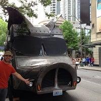 รูปภาพถ่ายที่ Maximus / Minimus โดย Justin B. เมื่อ 6/21/2013