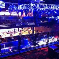 Foto tomada en Brooklyn Bowl Las Vegas por Leigh S. el 3/8/2014