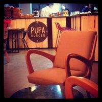 10/7/2013 tarihinde Betül Ç.ziyaretçi tarafından Pupa Burger'de çekilen fotoğraf
