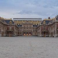 Foto tirada no(a) Palácio de Versalhes por Mary em 11/4/2013