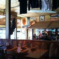 4/19/2012にCharlene M.がHula's Island Grill & Tiki Roomで撮った写真