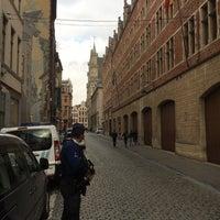Foto scattata a Centraal Commissariaat Politie Brussel / Commissariat Central de Police de Bruxelles da J. J. Park il 9/19/2017