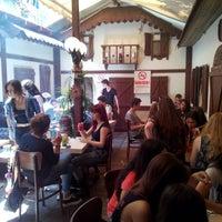 Foto scattata a cafe 46 da Bugra Ö. il 6/13/2014